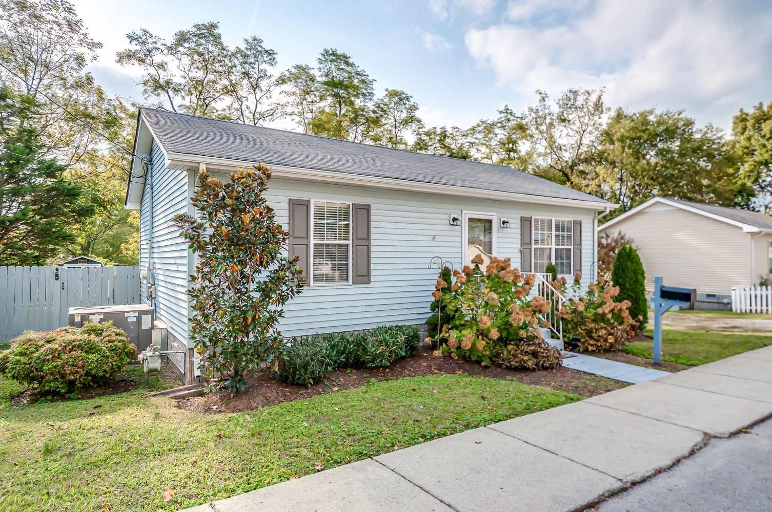 Charming 2 bedroom, 1 bath ranch-walkable to downtown Franklin and library. Upgrades include open concept created between kitchen and LR, fenced in backyard, new tile flooring throughout, fully renovated kitchen, all new appliances and fully renovated bathroom. Move in ready!