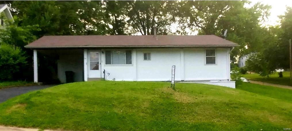 711 Holland, Webster Groves, MO 63119