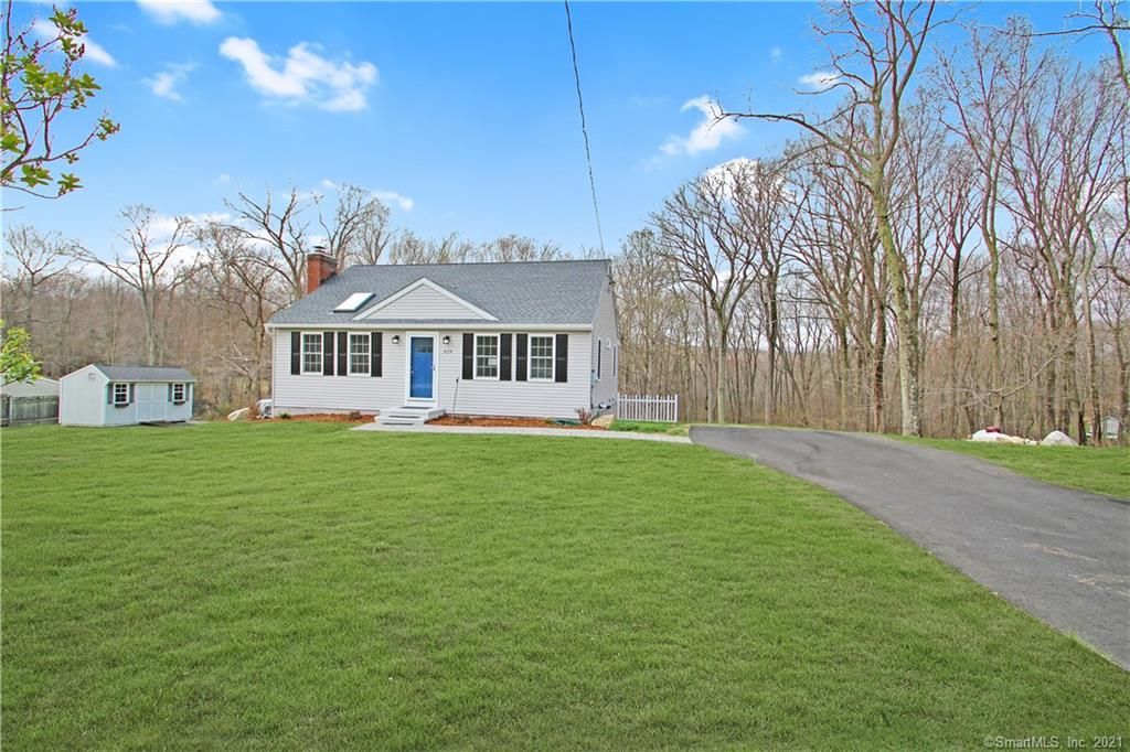 Gorgeous Renovated Ranch with Bells & Whistles!