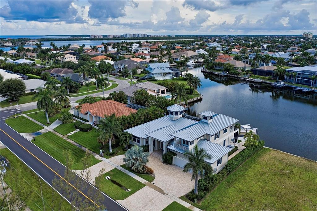 610 Tigertail CT, MARCO ISLAND, FL 34145