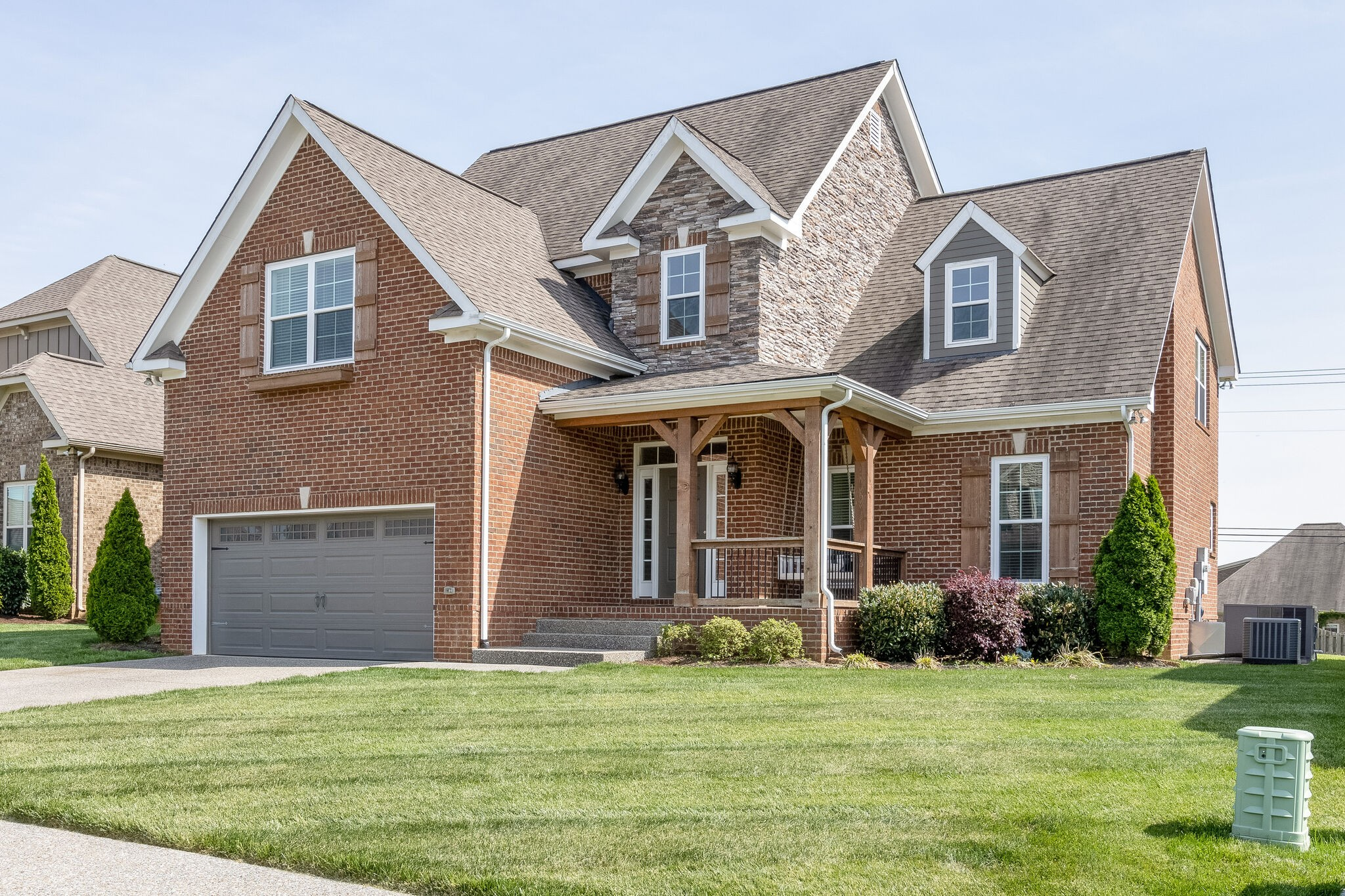 Beautiful, all brick, John Maher, Heathrow floorpan. Close walk to the neighborhood amenities and middle/high schools. Meticulously maintained yard, open floor plan, 2 story rock fireplace, could be 4 bedrooms/loft or 3 bedrooms w/ 2 bonus rooms, primary bedroom on main level. Multiple Offers please submit by 9pm 5/2.