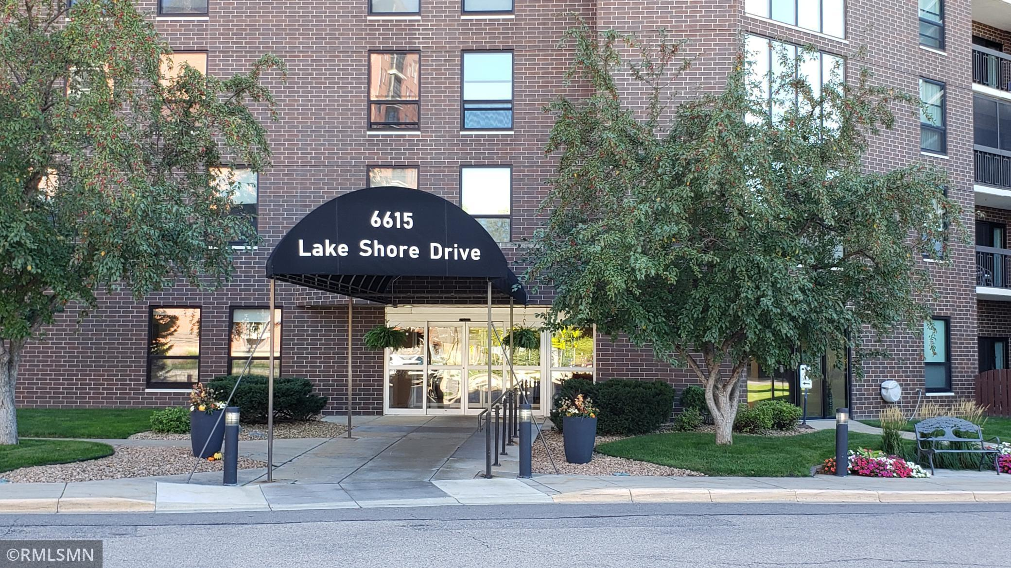 6615 Lake Shore Drive S 511, Richfield, MN 55423