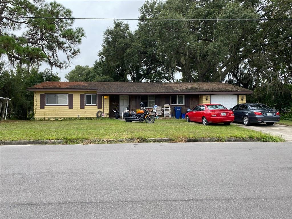 944 Wilmerling Avenue, Sarasota, FL 34243