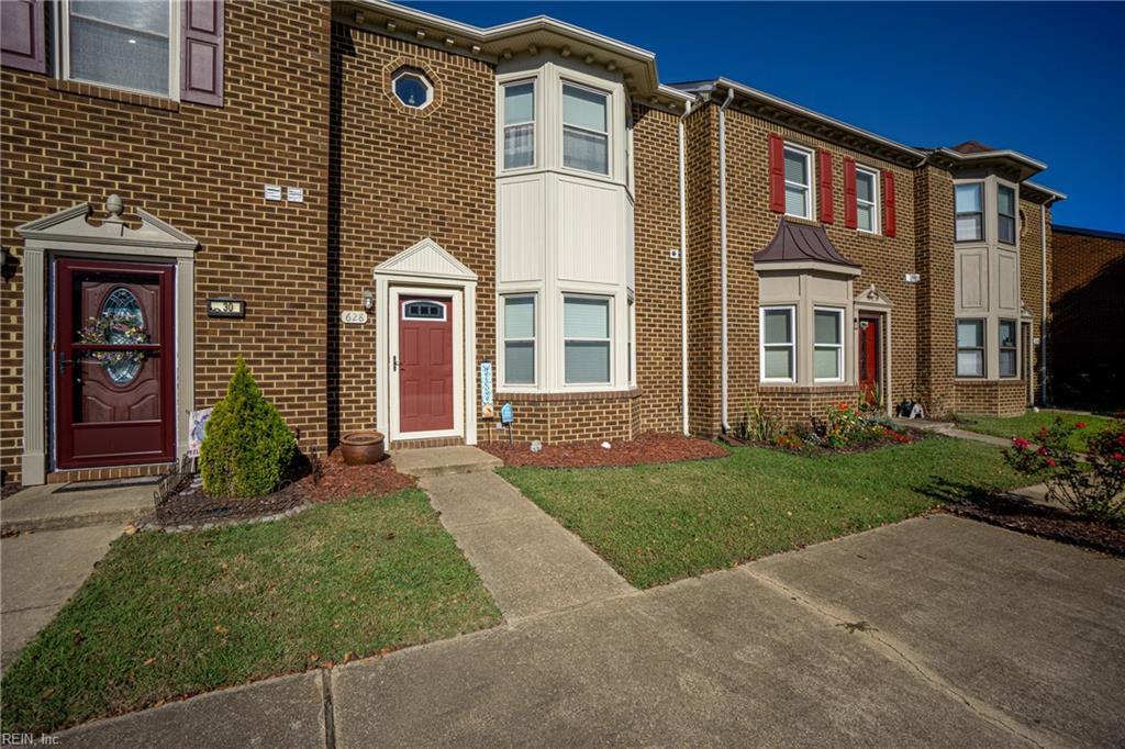 628 Creekside Court, Chesapeake, VA 23320