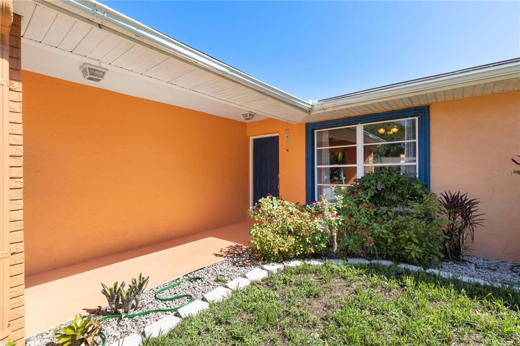 6811 Mauna Loa Boulevard, Sarasota, FL 34241
