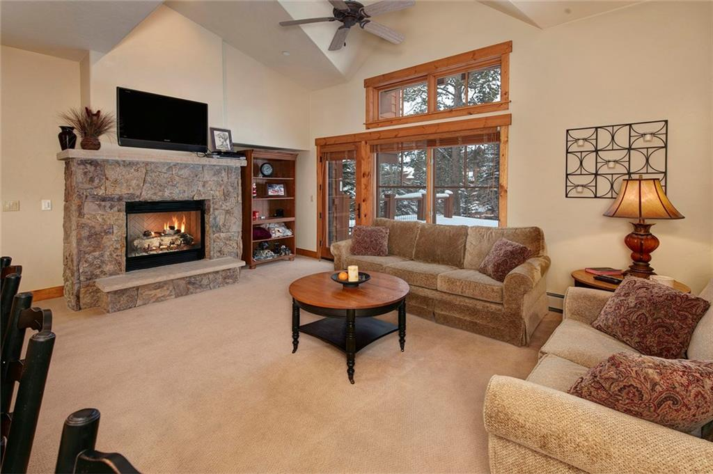 Fantastic quiet ski-in setting. Steps from the skyway ski way. Walk to the gondola just across the street or take the shuttle to start your day on the slopes. This 2 bedroom townhome has never been rented and is in excellent condition. Experience all Mountain Thunder has to offer! Year-round outdoor pool, hot tubs, and two work out facilities. Take the shuttle or Gondola to One Ski Hill Place for bowling, aquatic center, lounge, and private movie theatres.
