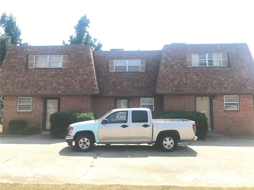 """ATTENTION INVESTORS:  100% Occupied TRIPLEX in heart of Norman, OK.  Unit numbers 2112, 2114, 2116.  Each unit is 2 Bedroom, 1.5 Bath, 1 car garage.  Roofing is TPR (Thermoplastic Polyolefin) new in 2015. Central Heat and Air is new July 2020.  Appliances: Refrigerator, Dishwasher, Washer, Dryer, Water Heater.  Seller also has another Triplex listed MLS #975180 for sale.  Units interior can be viewed after under contract.  Please set appt for a """"Walk Around"""" but Please do not disturb tenants."""
