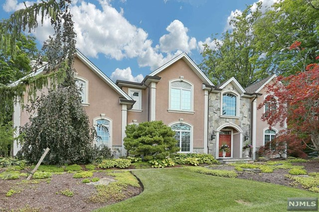 36 Birchwood Drive, Woodcliff Lake, NJ 07677