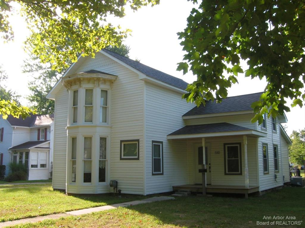 FOR COMPARABLE PURPOSES ONLY.  Enjoy a remodeled 1870's classic American home updated with an open floor plan. This three bedroom and two full bath house features a recently updated upstairs, a large backyard and enclosed porch!  Great downtown location!