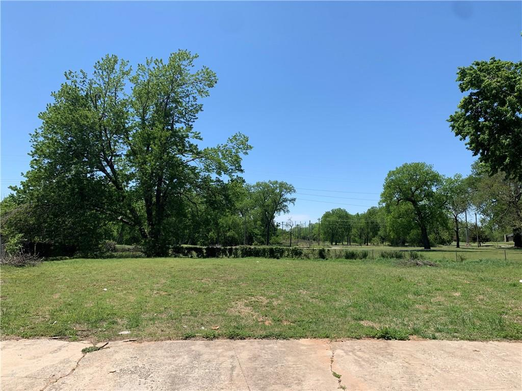 THE ONLY MULTI-FAMILY LOT AVAILABLE IN NORMAN IN THE LAST 3 YEARS! This rare opportunity is on the corner of a cul-de-sac and backs up to the Trails Golf Club.