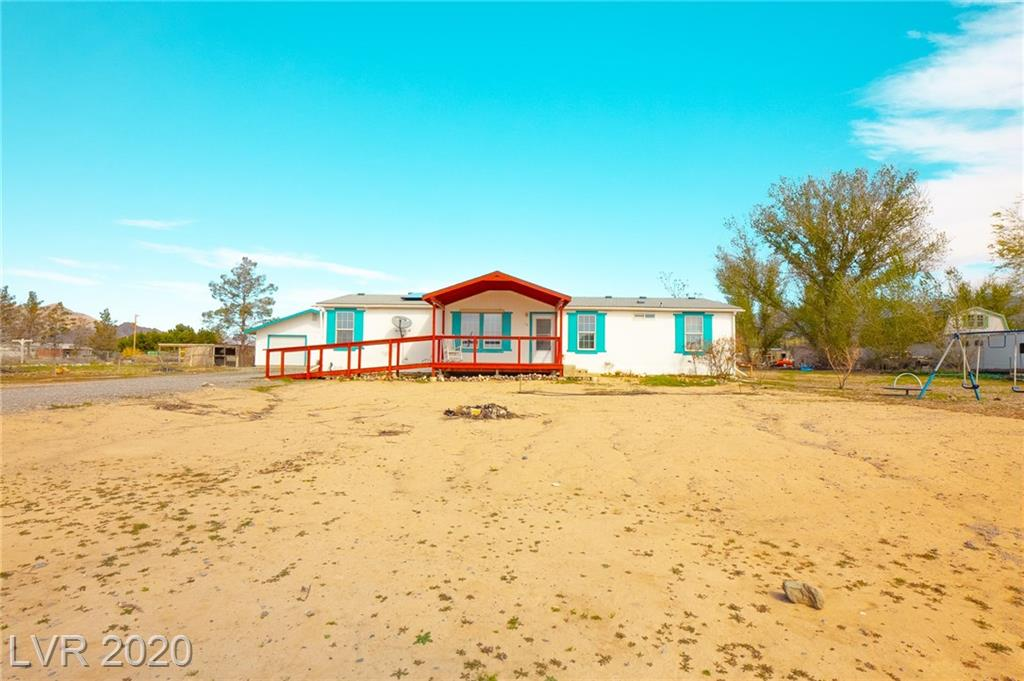 60 W Country Place, Pahrump, NV 89060