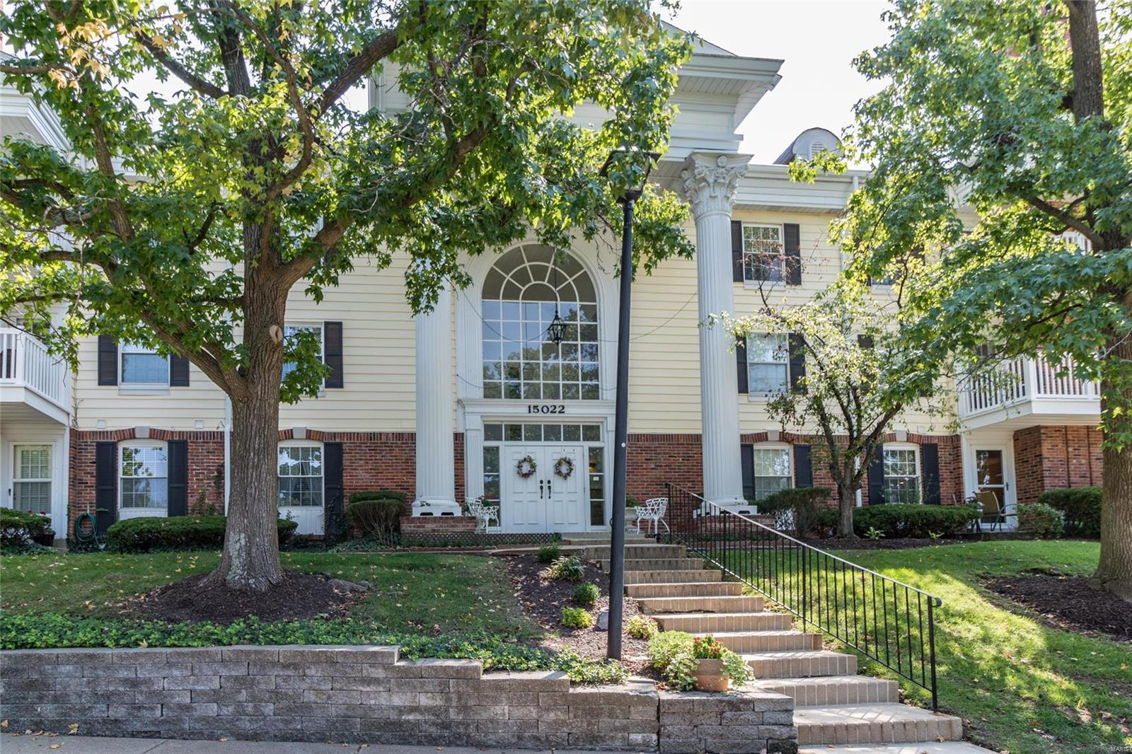15022 Claymoor Court 4, Chesterfield, MO 63017