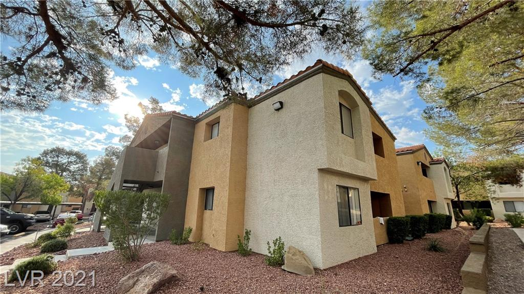 2 Bedroom, 2 Bathroom Condo within the Desert Shores Community. Appliances included, near Desert Shores Community amenities, with an outdoor pool and beach area, along the beautiful lake front. Enjoy Las Vegas with this rare community of Desert Shores.