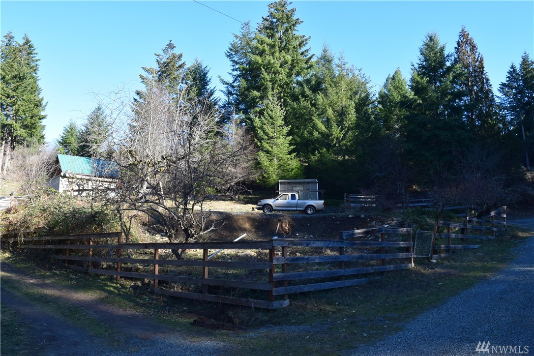 Quiet residential lot close to downtown Packwood. Already hooked up to city water. 500 gallon septic installed. No HOA. Under 30 minutes to White pass ski area and Steven's Canyon entrance to Mt Rainier Nat Park. Gifford Pinchot Nat park is a short drive up Snyder road. Packwood Lake trailhead is 15 minute drive. Outbuilding and greenhouse on property.   *Seller is licensed Realtor in WA.