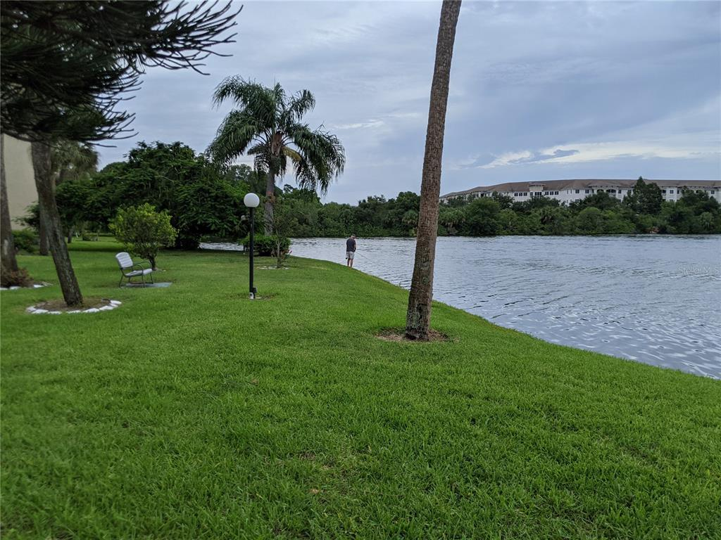 3554 Lake Bayshore Drive K-128, Bradenton, FL 34205