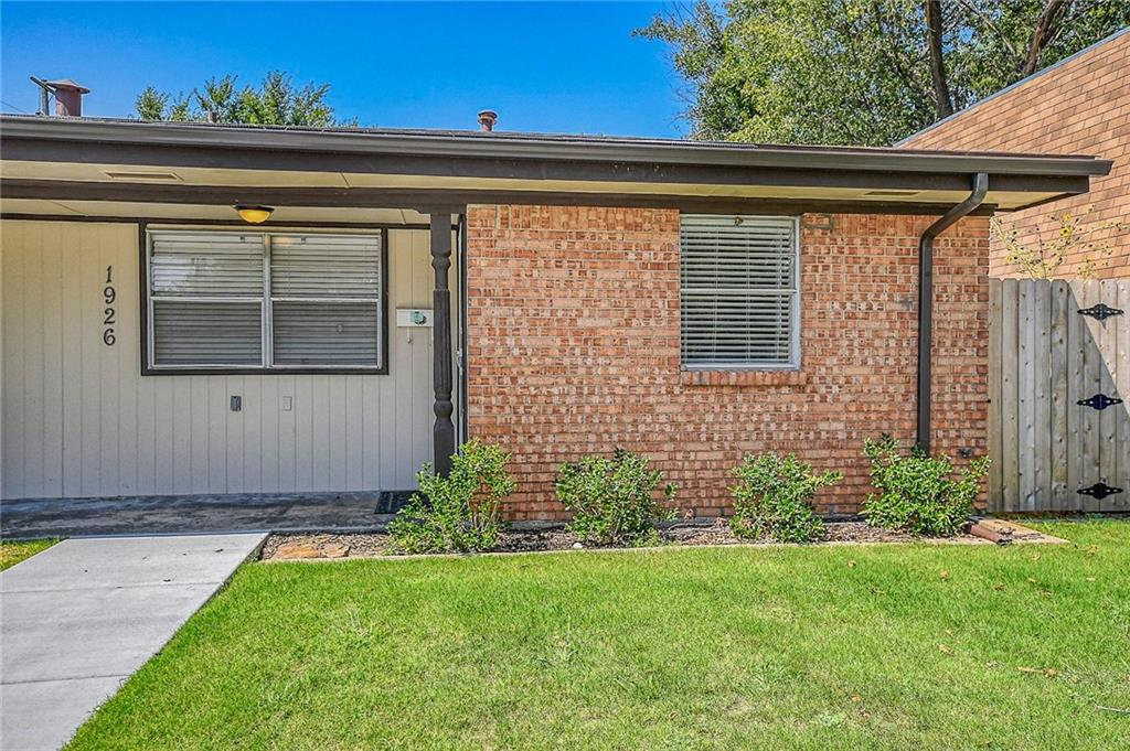 Bike to OU!  Lots of updates—just beautiful!  This 1066 sq foot 3 bed/1.5 bath ½ duplex will surely impress you.  The location is superb with easy access to Hwy 9, Lindsey, 12th and OU.  Amenities include washer, dryer, fridge, ceiling fans, cute back yard, built-ins, indoor laundry, new exterior paint, new privacy fence, new roof, newer HVAC unit, newer interior paint and new faux wood tile flooring in living, kitchen, and dining areas.  In addition, there have been a lot of little upgrades!  Nice sized bedrooms with large closets make this an easy place to call home.  There is no carpet at all!  Owner may consider a small pet.  It is available May 1, 2020.  Rent is $995 with a $900 deposit.  For the square footage and amenities, this is an awesome value!  This is a no smoking unit.  Owner may consider a small pet.  Call to set up a showing today.  Precautions related to COVID-19 will be taken to protect everyone's safety.