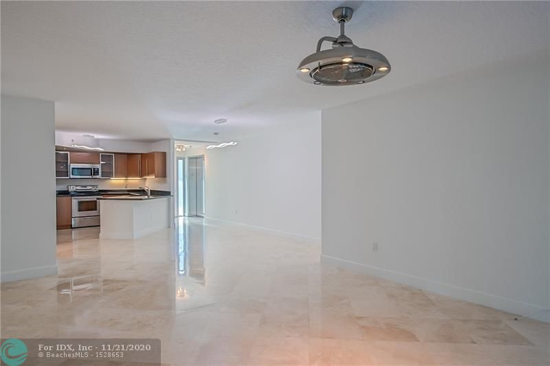 UPSCALE 2 BEDROOM/2 BATHROOM LOCATED JUST TWO BLOCKS FROM LAS OLAS BLVD! ONLY 9 LUXURY UNITS WITHIN THE VERY PRIVATE BUILDING. BEAUTIFUL NEW FLOORS AND NO CARPET. NEW VANITY'S IN BOTH BATHROOMS. THIS CONDO IS EQUIPT WITH STAINLESS STEEL APPLIANCES, GRANITE COUNTERTOPS, MARBLE FLOORS, JACUZZI TUB, WALK-IN CLOSETS IN EACH BEDROOM, FLOOR TO CEILING WINDOWS, LARGE BALCONY, WASHER AND DRYER IN UNIT AND PRIVATE ELEVATOR ENTRANCE. JUST STEPS FROM THE RESTAURANTS AND SHOPPING ON LAS OLAS BOULEVARD.