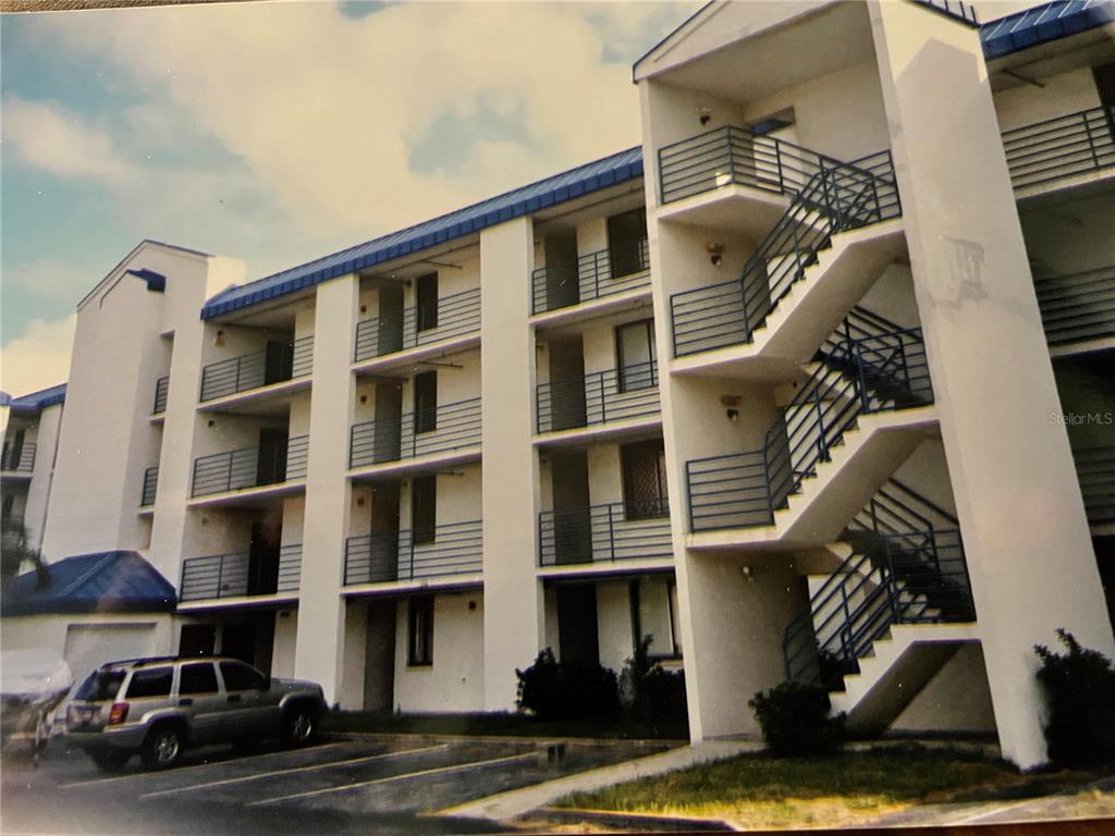 2424 W Tampa Bay Boulevard, Tampa, FL 33607