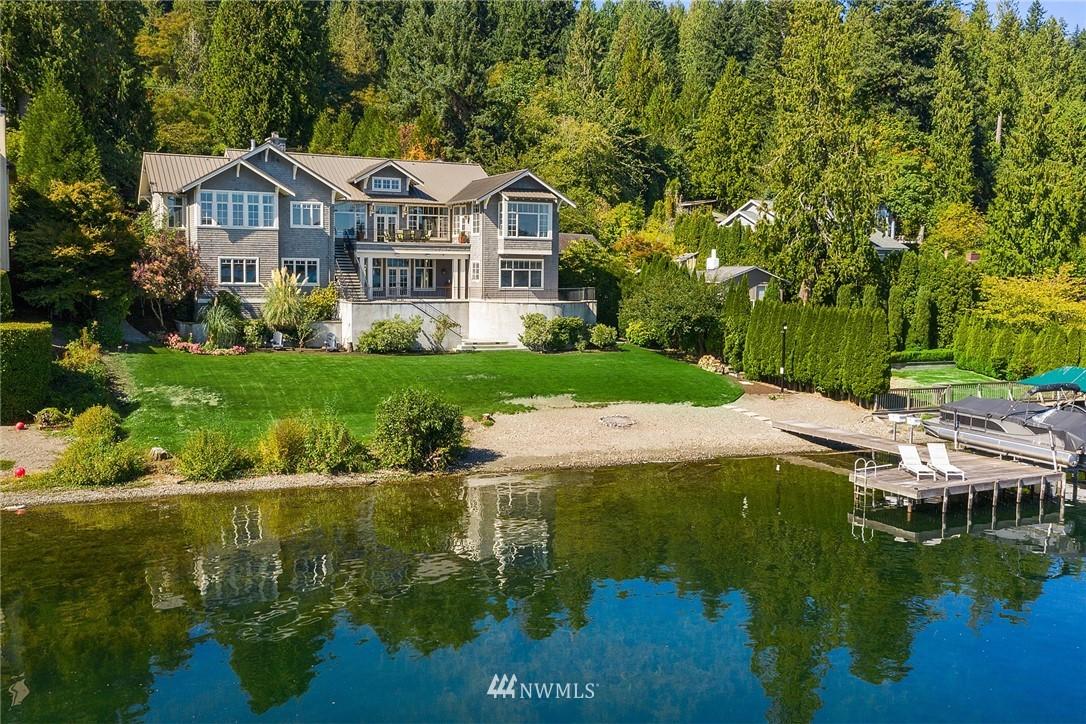 2100 W Lake Sammamish Parkway SE, Bellevue, WA 98008