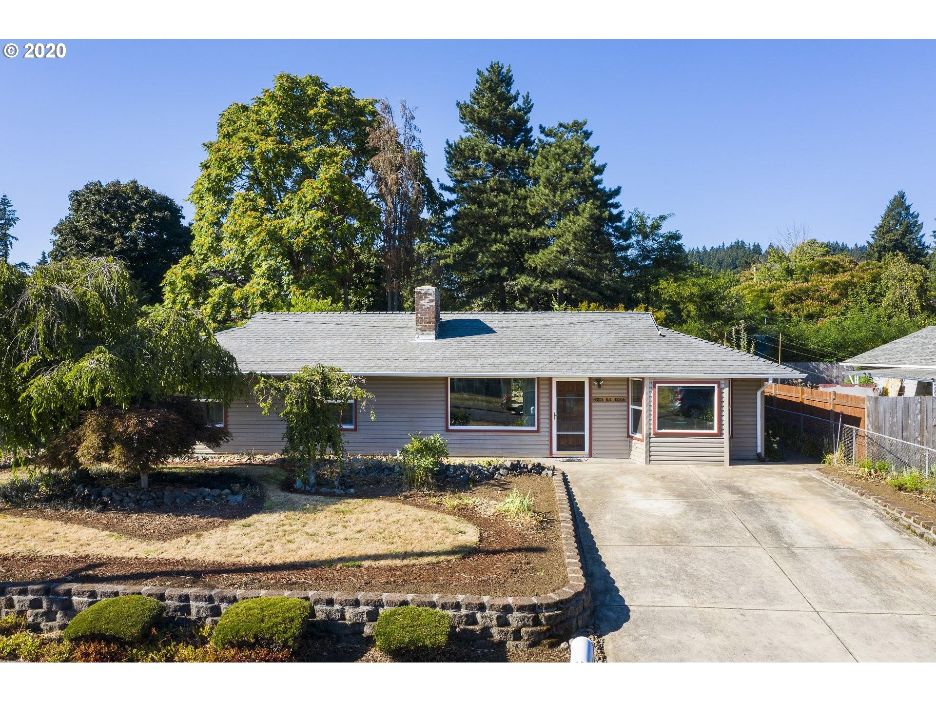 Great starter ranch w/ a gardeners paradise located on a neighborhood greenway!  Create your own oasis!  Remodeled kitchen (2015), newer int/ext paint, triple pane vinyl windows,  W/D/F included.  Large .20 acre lot + RV/boat parking. 2 mins to US26/I205, 3 mins to Eastport Plaza, 13 mins to PDX, 15 mins to downtown. See floor plan included! OPEN SUN (1-3PM)