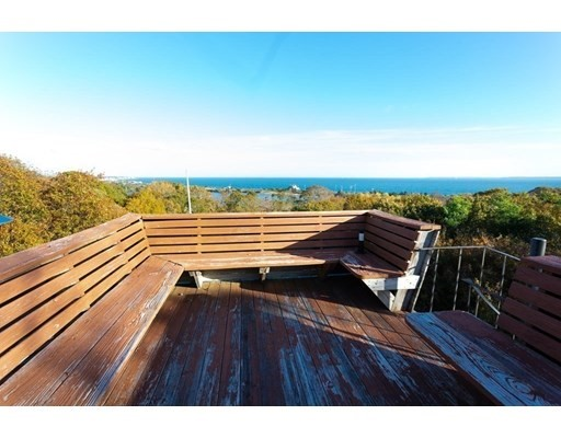 87 Oyster Pond Rd, Falmouth, MA 02540