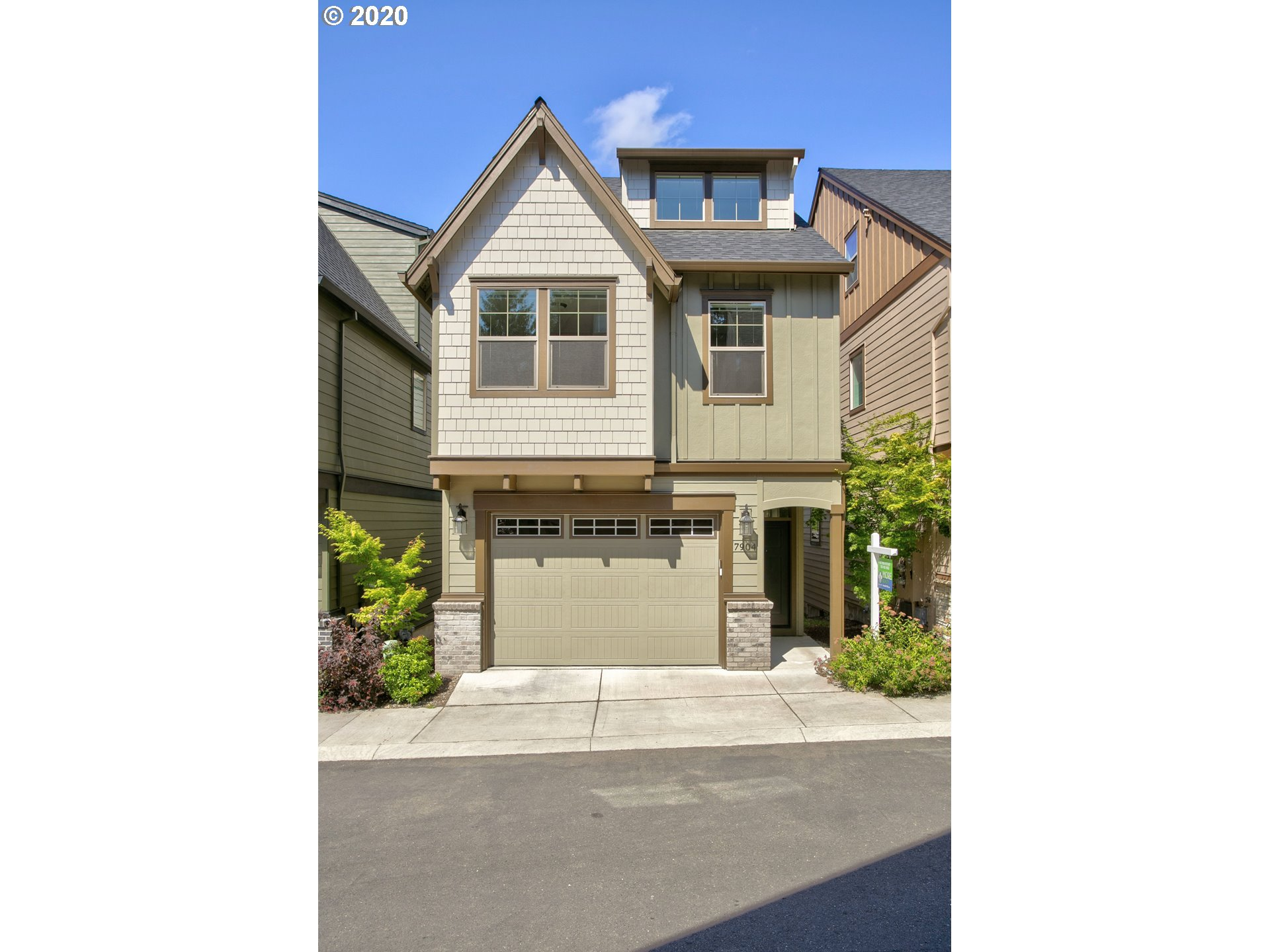 7904 SW Capitol Hill