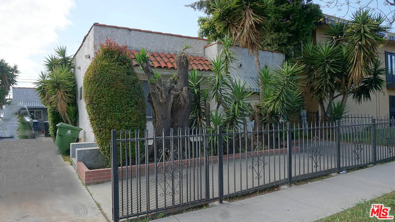 2117 S SPAULDING Avenue, Los Angeles (City), CA 90016