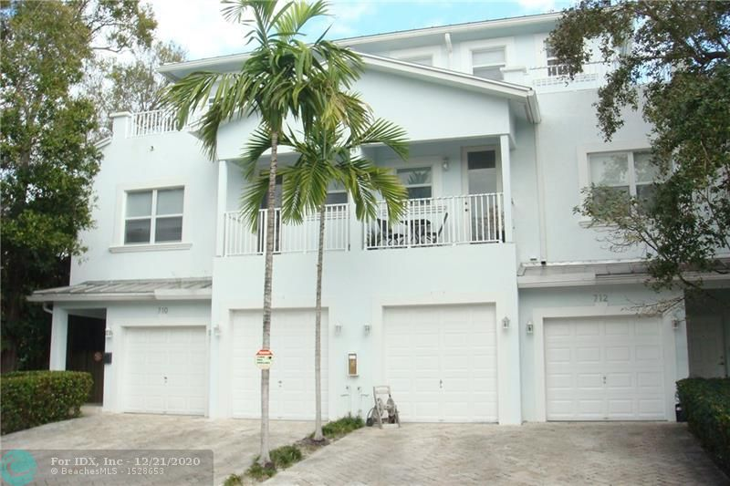 *BACK ON THE MARKET & EASY TO SHOW* 