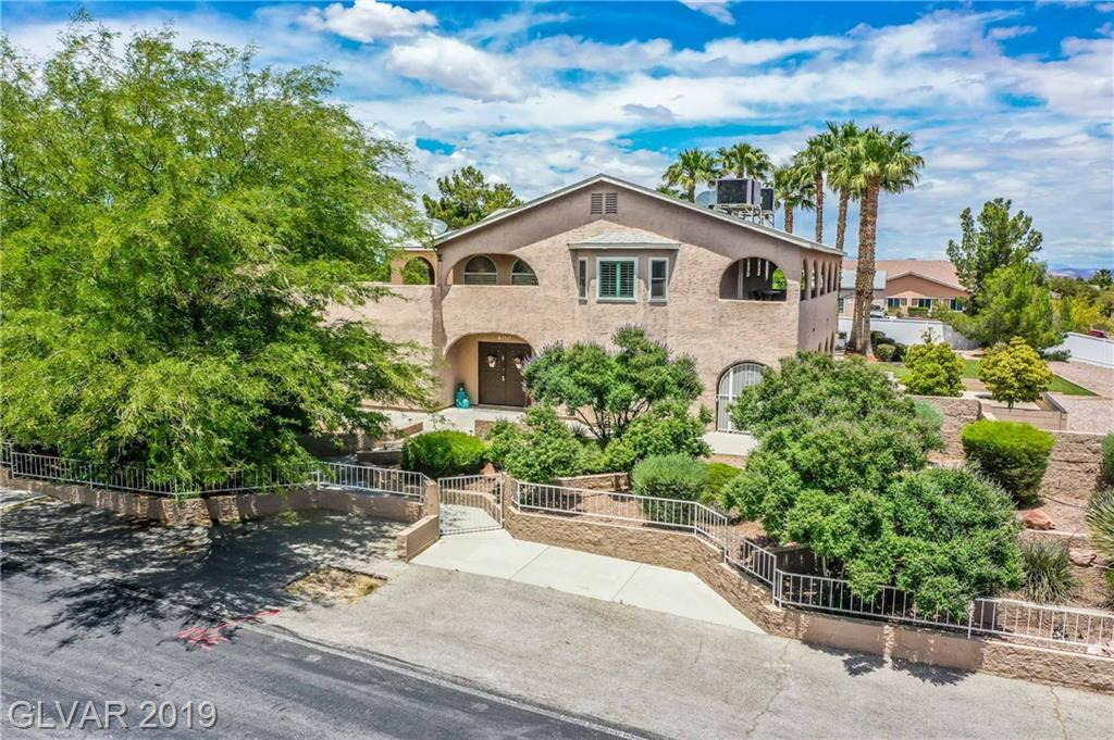 STUNNING REMODELED CUSTOM ON 1.06 AC IN PARADISE HILLS*HIGHEND MANUFACTURED HARDWOOD FLOORING*FORMAL LIVRM+SPACIOUS DINERM W/ B/I'S*LG FAMRM*CROWN MOLDING*SHUTTERS T/O*KITCH=GRANITE C-TOPS+BREAKNOOK*MASTER=ON SUITE BALCONY*LUXE MASTER BATH W/LEATHER GRANITE,W/I SHOWER+SOAKING TUB*GUESTRMS=ON SUITE ACCESS TO WRAP AROUND BALCONY*LOFT/OFFICE*GORGEOUS LANDSCAPE*SPARKLING POOL/AUTO COVER*PLENTY OF ROOM ON E SIDE OF LOT FOR ADD.GARAGE,PARKING OR HORSES