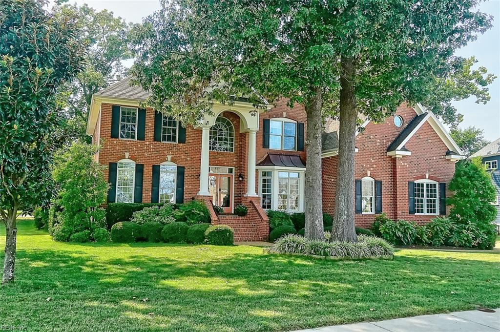 ***OPEN HOUSE SUNDAY SEPT 22 1-4pm***Awesome all brick transitional situated on the 13th hole of the Riverfront Golf Course!  Open floor plan with spacious rooms and custom touches throughout. Formal Living and Dining with hardwood floors covering all downstairs rooms. Family Room with coffered ceiling, built in cabinets, and gas log fireplace.  Kitchen with granite counters, Stainless steel appliances, oversized island with salad sink and plentiful cabinet storage. Expansive master suite with sitting area and large walk in closet.  3 additional bedrooms up, all with bathroom access. Bonus room is perfect kid hangout with walk out balcony overlooking mature landscaped yard and golf course.  Walk up attic allows for ample storage.  3 car side loading garage.  Backyard basketball court with lighting and fire pit. Well for irrigation system = huge savings!