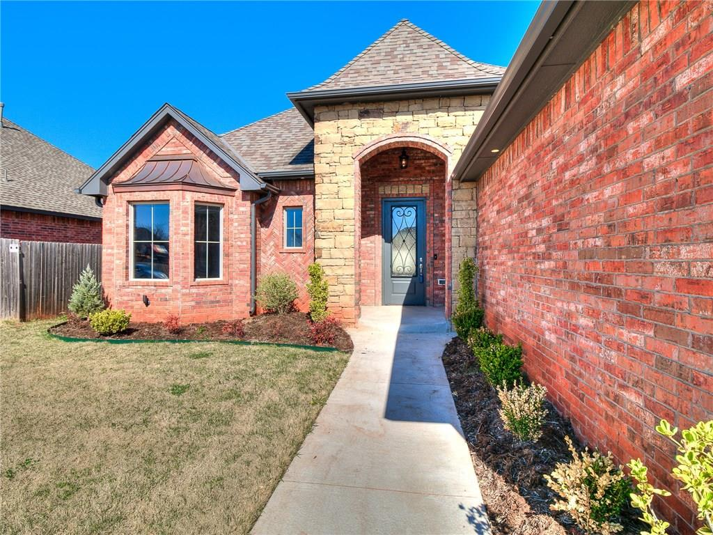 Looking to live one of the most exclusive areas in Deer Creek? Look no further than this amazing home in Lone Oak Pointe!!! 2 huge bonus/play/ theater rooms upstairs: one has bath and could easily be a 4th bedroom!! Fabulous open floor plan with a 4 CAR GARAGE!!!! Beautiful and unique tile and wood floors. Gorgeous kitchen with raised enormous island, custom built cabinets, stainless steel appliances. 3 spacious bedrooms downstairs. Tank-less hot water system, solar board in attic, low E windows, alarm, yard sprinkler front and back, large covered patio, across from neighborhood park. Walking distance to deer creek elementary school. This one is a STUNNER! 1 year builders warranty comes with this home!