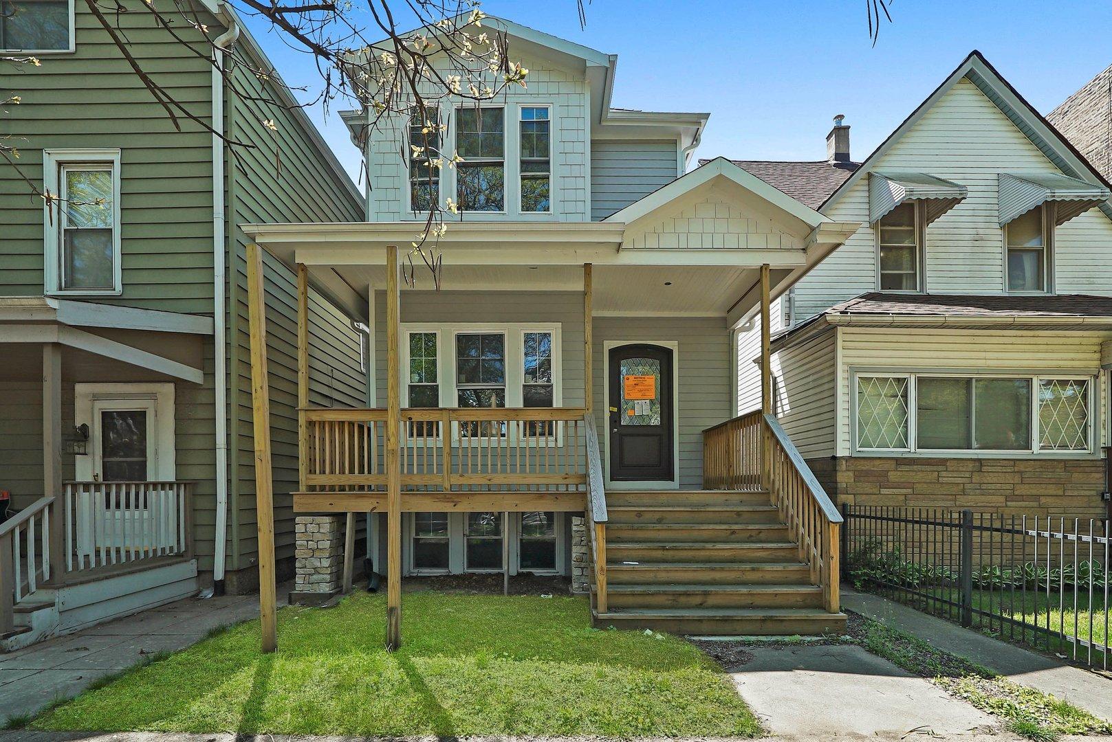 1847 W Warner Avenue, Chicago, IL 60613