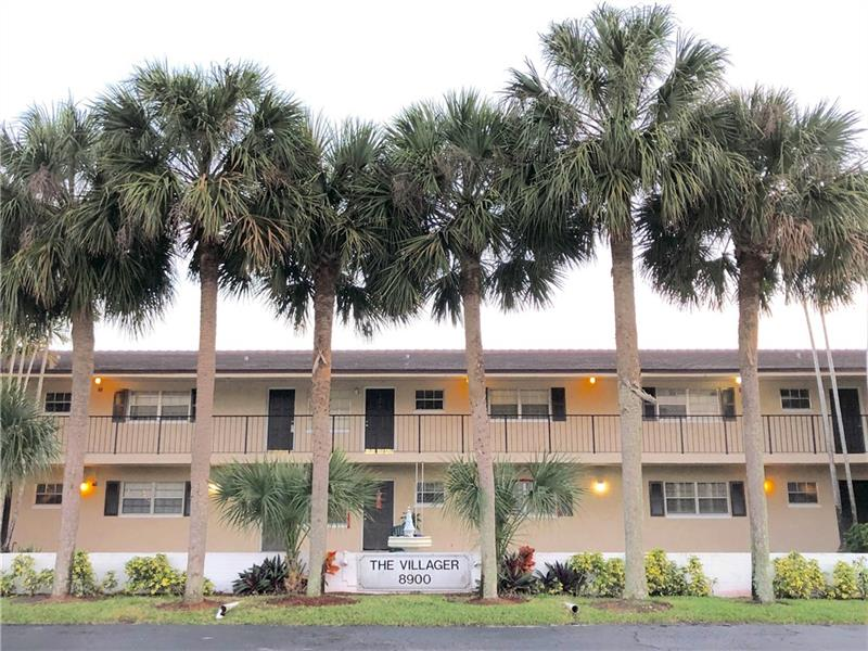 ***GREAT INVESTOR OPPORTUNITY*** Large 2/2 corner unit on first floor in central location of Coral Springs. Tile floors, big kitchen with eat-in area, screened-in balcony facing the bbq/picnic area and the pool. Small, 2-story, boutique-like building, only 14 units, with no leasing restrictions. All ages welcome. Unit comes with 1 assigned parking spot, plus guest parking, and a small storage unit. Laundry on site. Close to good schools and public transport. Cash buyers only. Investors, don't miss out! Come see this large corner unit today!