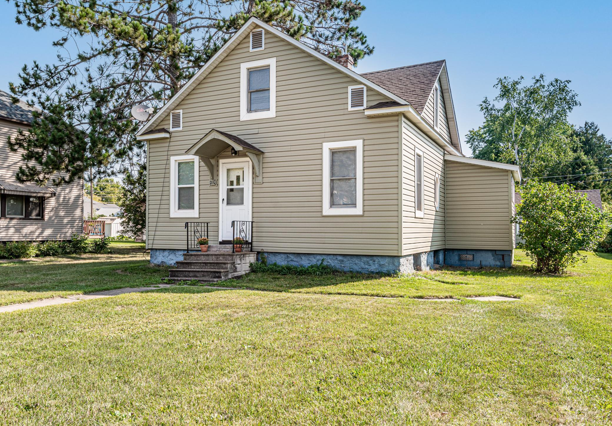 Recently refreshed 3 bedroom home near Longyear Park in Coleraine. Main floor bedroom, fresh paint and nice entry. Vinyl siding, walkout basement, rec room, extra shower and one stall garage. This affordable home is ready to go so take a look today,