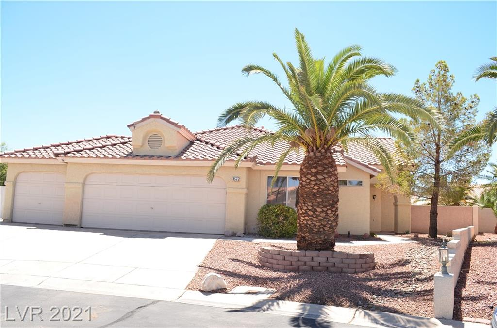 SINGLE STORY WITH 3 CAR GARAGE! 4 beds, 3 baths, features double sided FIREPLACE, HUGE 1/4 acre lot with RV/boat parking, LARGE covered patio, gated pet area w/ low maintenance artificial grass, and sparkling POOL! UPGRADED with NEW carpet and wood laminate flooring, QUARTZ countertops, CUSTOM kitchen backsplash, STAINLESS STEEL appliances, DESIGNER light/plumbing fixtures, FRESH paint and MORE! Make an offer TODAY!