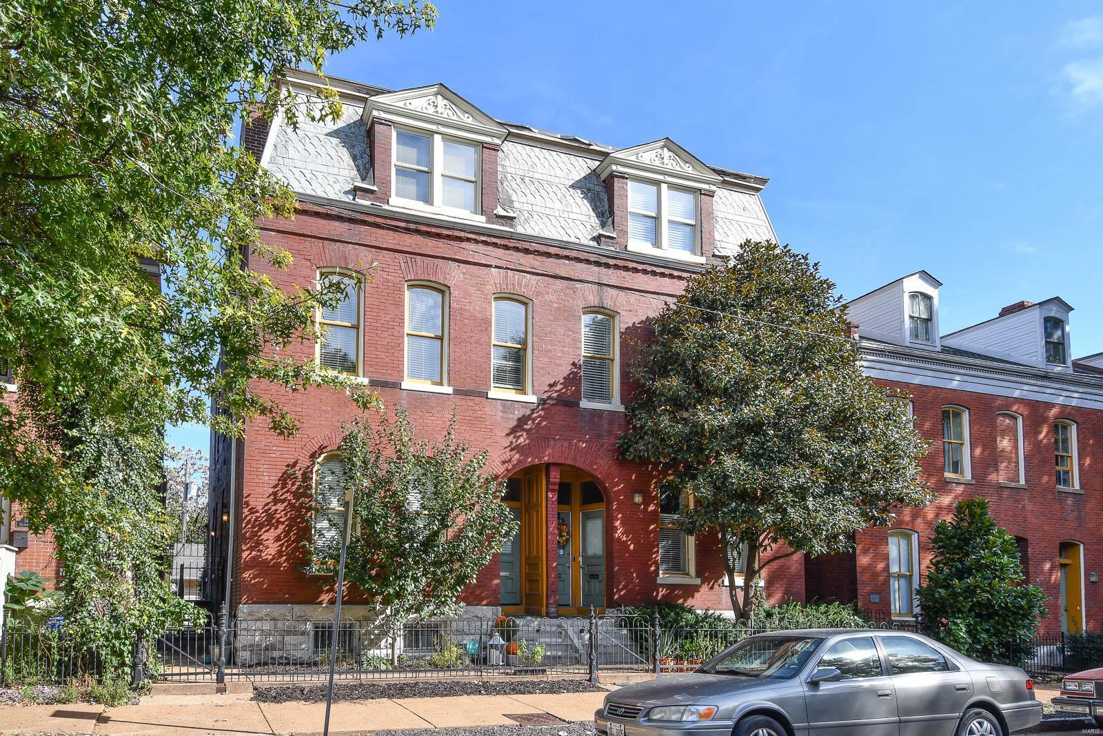 1422 Dolman Street, St Louis, MO 63104