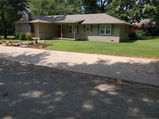 610 Sycamore Street, Pawnee, OK 74058