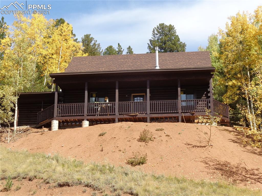 New Build ~  Come Experience The Quality Of This Log Home With 8X8 Logs.  Beautiful 3 Bdrm 2 Baths Log Home With A Large Front Porch, 2nd Floor Deck And A 16X20 1 Car Garage.  In The Mountains Of Colorado, Yet Close To Shopping, Hospitals, Colo Sprngs, Hiking And Skiing. You Are In The Middle Of It All. 