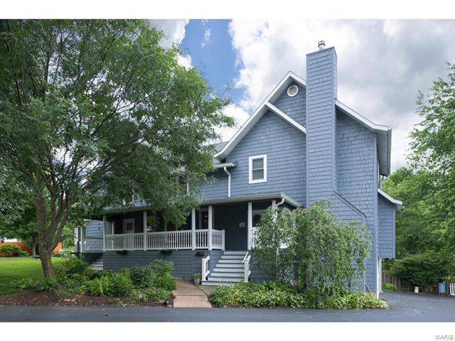 603 Alexandra Drive, Kirkwood, MO 63122