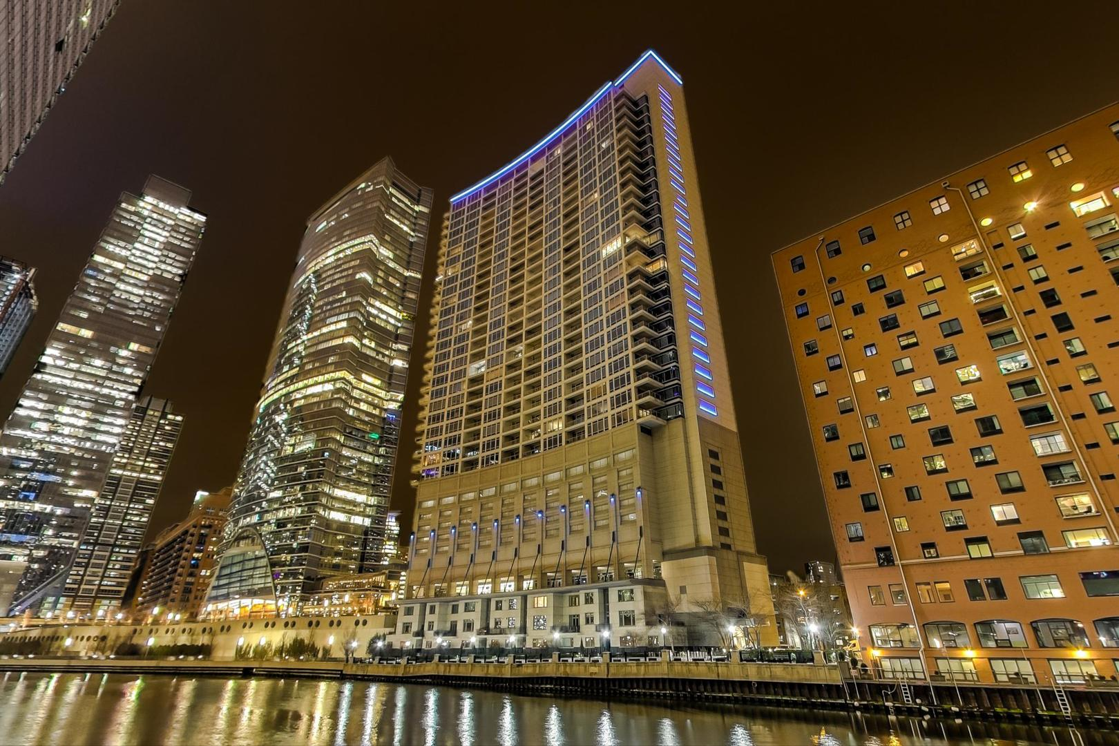 333 N CANAL Street 2801, Chicago, IL 60606