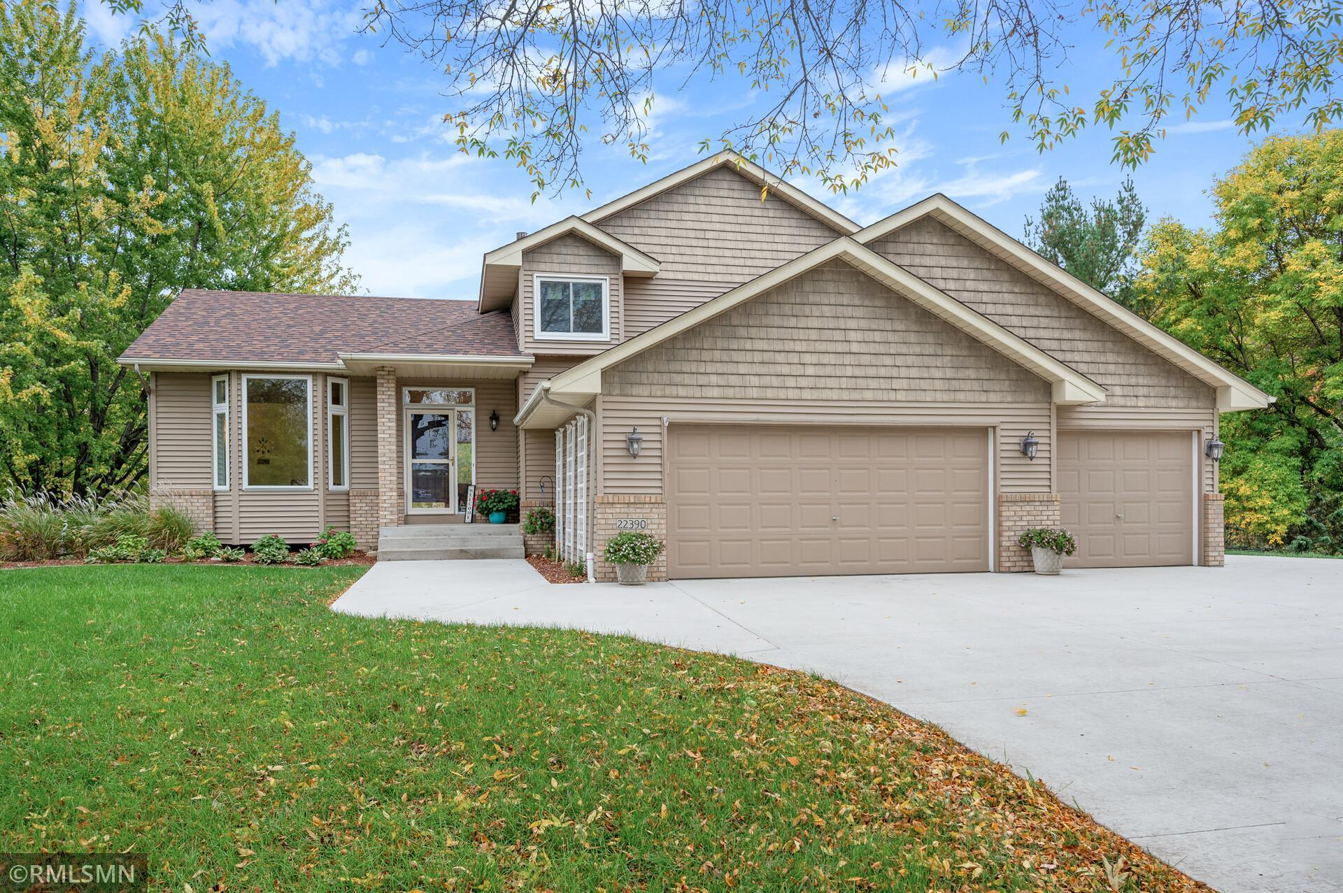 22390 Wood Duck Court, Rogers, MN 55374