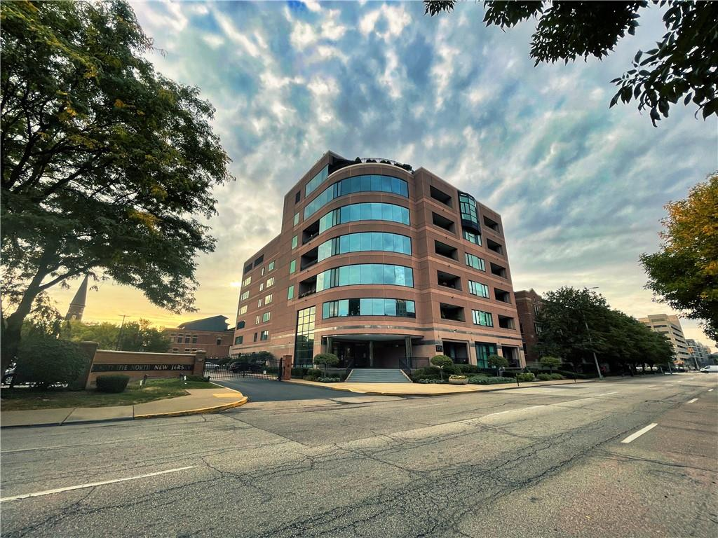 225 N New Jersey Street 23, Indianapolis, IN 46204