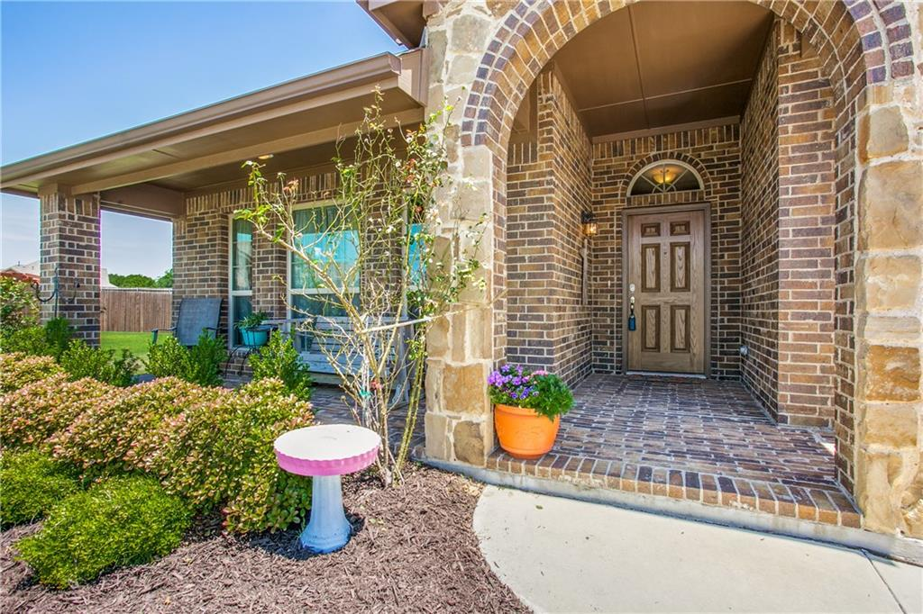 1400 Majestic Meadows Drive, Glenn Heights, TX 75154