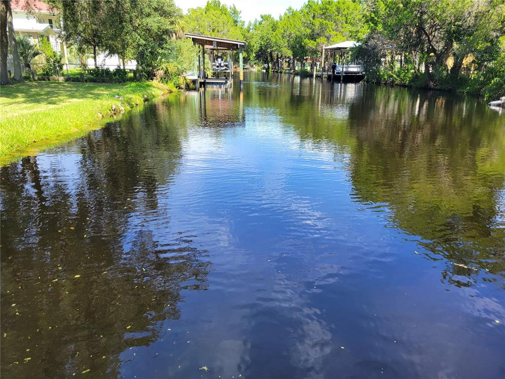 This is one of the last remaining buildable vacant lots located in Old Homosassa, 75 x 138 (10,350 sf lot) deep water canal that leads to the Homosassa River at marker 78. Shadytree Path is a quiet dead-end street surrounded by the 30, 843-acre Chassahowitzka National Wildlife Refuge. Watch Westerly Sun Sets from the front of the property across the salt marsh & a wide deep-water canal to the rear.