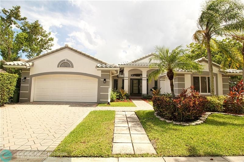 AWESOME LAKEFRONT/POOL HOME AVAILABLE IN PRESTIGIOUS ORCHID ISLAND. BRAND NEW KITCHEN, FLOORS, & BATHROOMS. NEW ROOF IN 2016. HUGE 15,862 SQ.FT. FENCED CORNER LOT ON THE CUL-DE-SAC. TROPICAL PARADISE POOL AREA W/SPEAKERS. IF YOU ARE STILL READING THESE REMARKS, YOU MAY ALREADY BE TOO LATE.