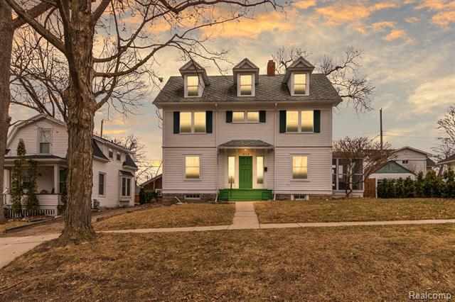 Back on the market after buyer's circumstances forced them to reluctantly walk from impressively maintained home.This stately home is located in the Historic Oakwood neighborhood walking distance to MSU and downtown East Lansing. With 4 bedrooms, this 2.5 story colonial offers a unique blend of historic charm with a touch of modern flair. Tons of natural light, restored hardwood, mission style staircase & more! The 1st floor features a large fire-lit living room, dining room, den & kitchen. The kitchen features soapstone counters, SS appliances, and new flooring. The main central staircase leads to the 2nd floor with 4 bedrooms & full bath. The 3rd floor offers over 400 sq ft of bonus finished living space that could be easily used as a playroom/office or 5th lofted ceiling bedroom.Home CAN BE LICENSED as a rental (zoned R-2) with the City of E Lansing! Additional features include: a screened in porch, high efficiency hot water heater, and a large shed. All appliances included.