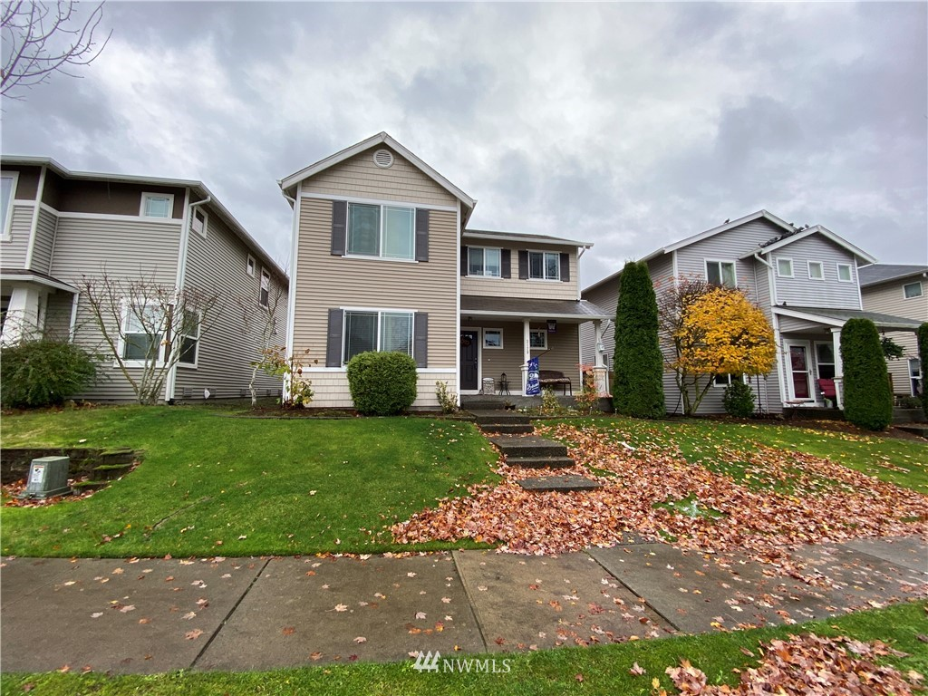 Nice and spacious home with 3 bedrooms & a loft, 2.5 bathrooms, and 2004 Sq Ft. Features a kitchen with large pantry, gas fireplace, great master bedroom with garden tub in attached bath. 2 car attached garage and fully fenced yard. Close to JBLM and I-5