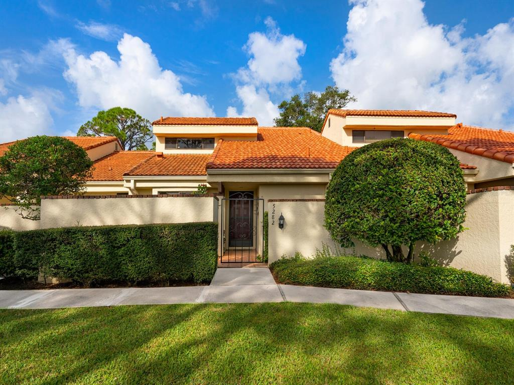 5282 Huntingwood Court 64, Sarasota, FL 34235