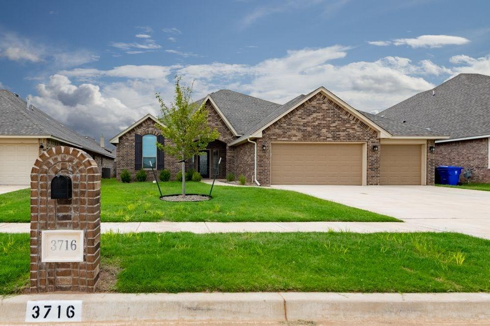 "A rare find! This custom-built home offers wonderful amenities and stunning finishes you wouldn't typically expect and it's never been lived in!  Beautiful river marble tile flows through the living area, kitchen and study/4th bedroom. The kitchen features a Samsung 36"" built-in cooktop w/22K btu burners,  a 9' island w/extra storage plus a walk-in pantry! The dining room offers a window seat w/extra storage too. The spacious owner's en-suite boasts a walk-in shower, soaker tub, and double vanities.  The study has vaulted ceilings and french door entry. A mudroom w/bench sits just inside the garage and has access to the laundry room with abundant storage space. Other upgrades include 10' ceilings, crown molding and pediments above all interior doors, extra lighting in the living, kitchen and bedrooms, NAPA carpet pad, WiFi & Bluetooth enabled with LED lighting, a sprinkler system, a floodlight in the backyard and high-quality Therma-Tru exterior doors, fully fenced in the backyard"