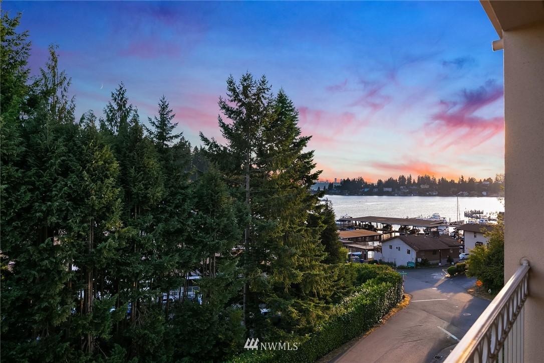 10000 Meydenbauer Way SE 6, Bellevue, WA 98004